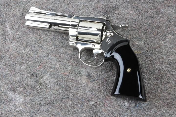 Colt Diamondback Grips